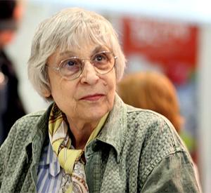 Юнна Мориц: Убитые не могут объявить голодовку